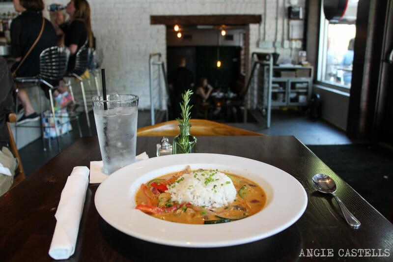 Guia de Savannah que ver y hacer The Public Kitchen restaurante