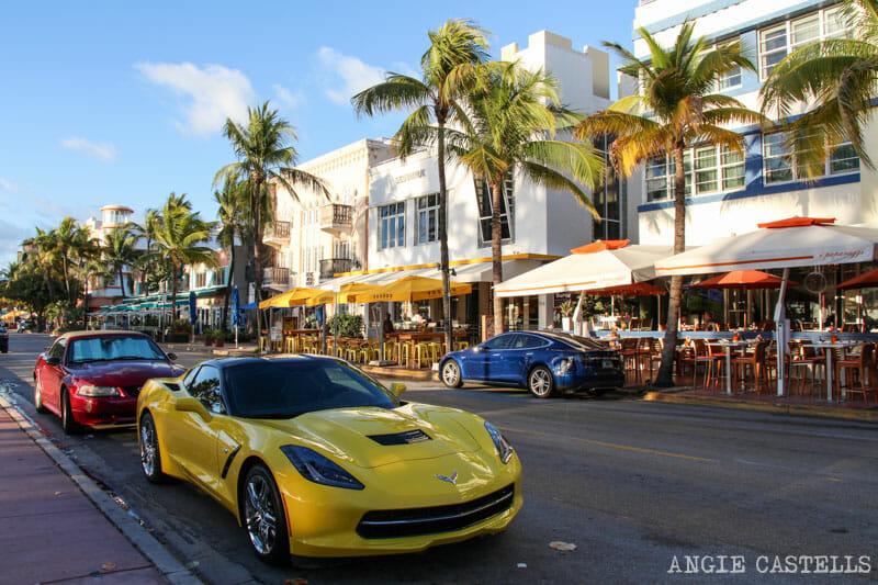 Que ver en Miami en 2 dias Ocean Drive coches